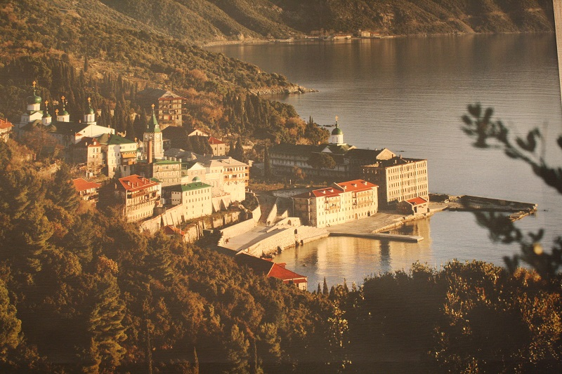 Уникальные кадры из жизни православной святыни показали в Петропавловске