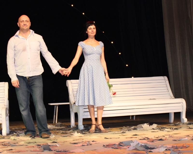 Гоша Куценко и Ирина Апексимова сыграли «Скамейку» в Петропавловске