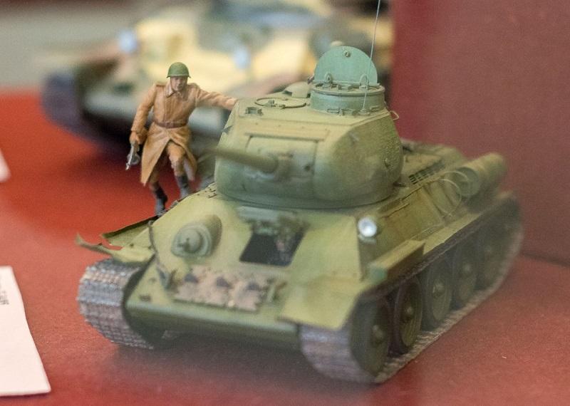 В Петропавловске выставили модели военной техники