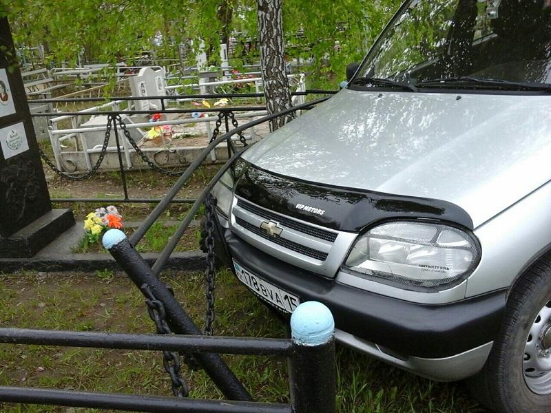 В Петропавловске образовались пробки к кладбищам