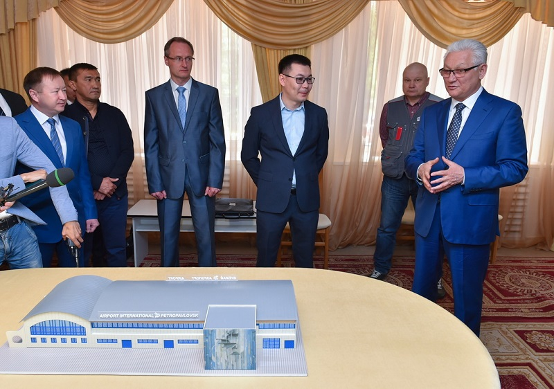 Аким Северо-Казахстанской области лично объехал стройки