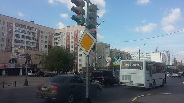В Петропавловске поменяли режим работы светофоров