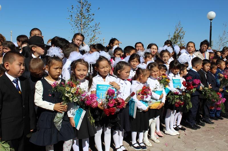 На севере Казахстана в день знаний открыли новые школы