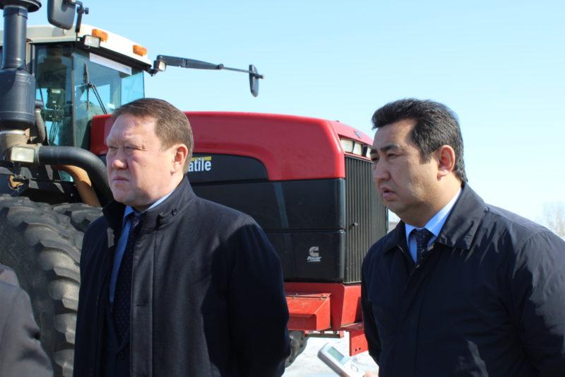 На полях северного Казахстана увеличивают чёрные пары