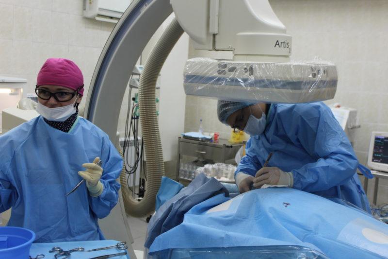 Врачи из Астаны провели операцию на сердце в кардиоцентре Петропавловска (видео)