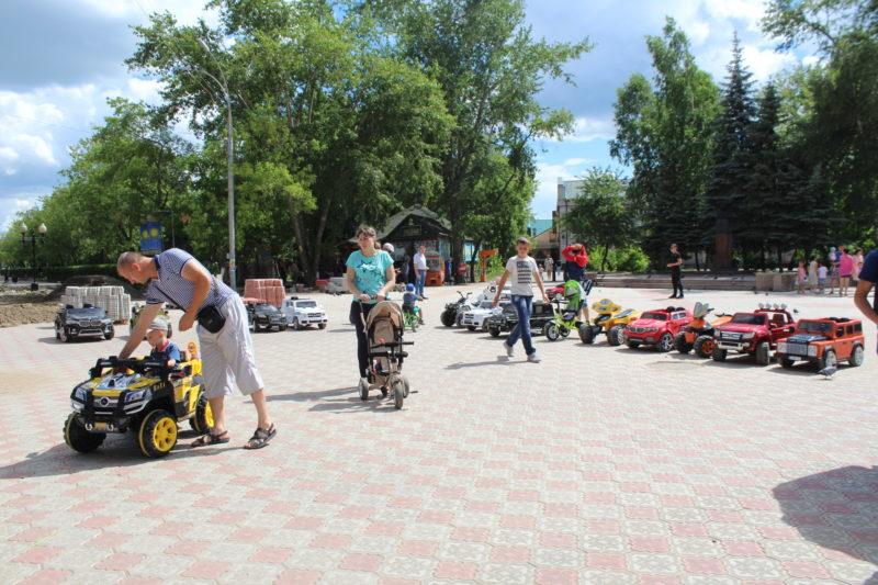 Из-за реконструкции проспекта и парка в Петропавловске страдает малый бизнес