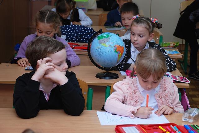 Родители школьников Петропавловска возмущаются в соцсетях из-за досрочной сдачи СОЧей
