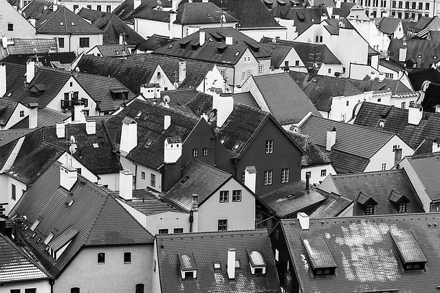 Жителям Петропавловска отказывают в ремонте жилья