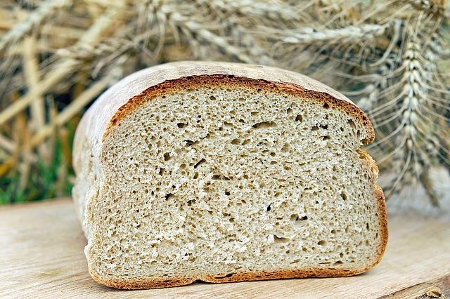 Почему жители сёл Северного Казахстана не могут купить хлеб?