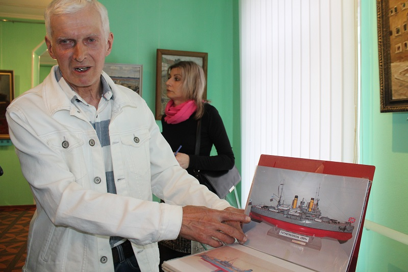 Броненосец «Петропавловск» оказался на выставке в музее