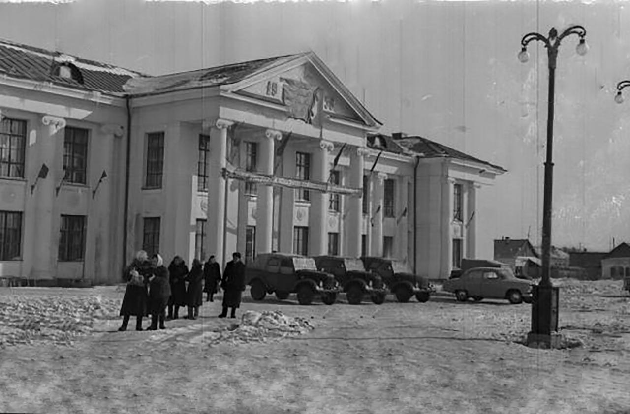 Ретро-Петропавловск: стройки, памятники и субботник