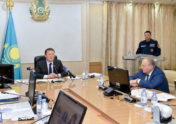 Из-за слабого взаимодействия служб ЧС чуть не смыло два села в Северном Казахстане