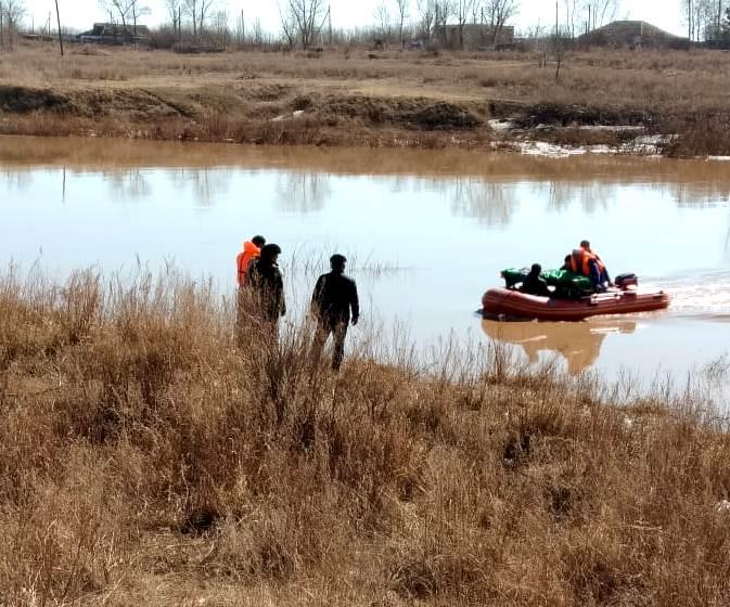 На севере Казахстана восстановили размытый половодьем участок дороги