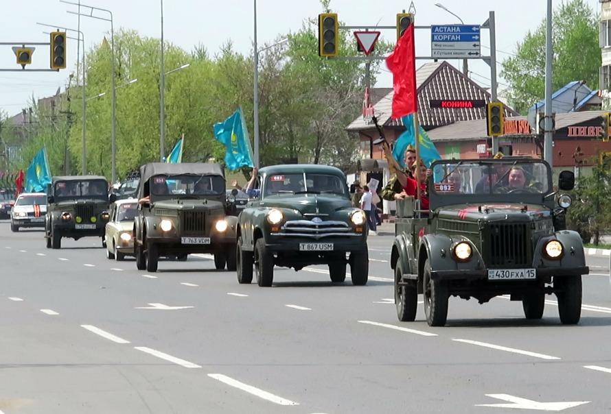В Петропавловске прошел автопробег в честь дня Победы