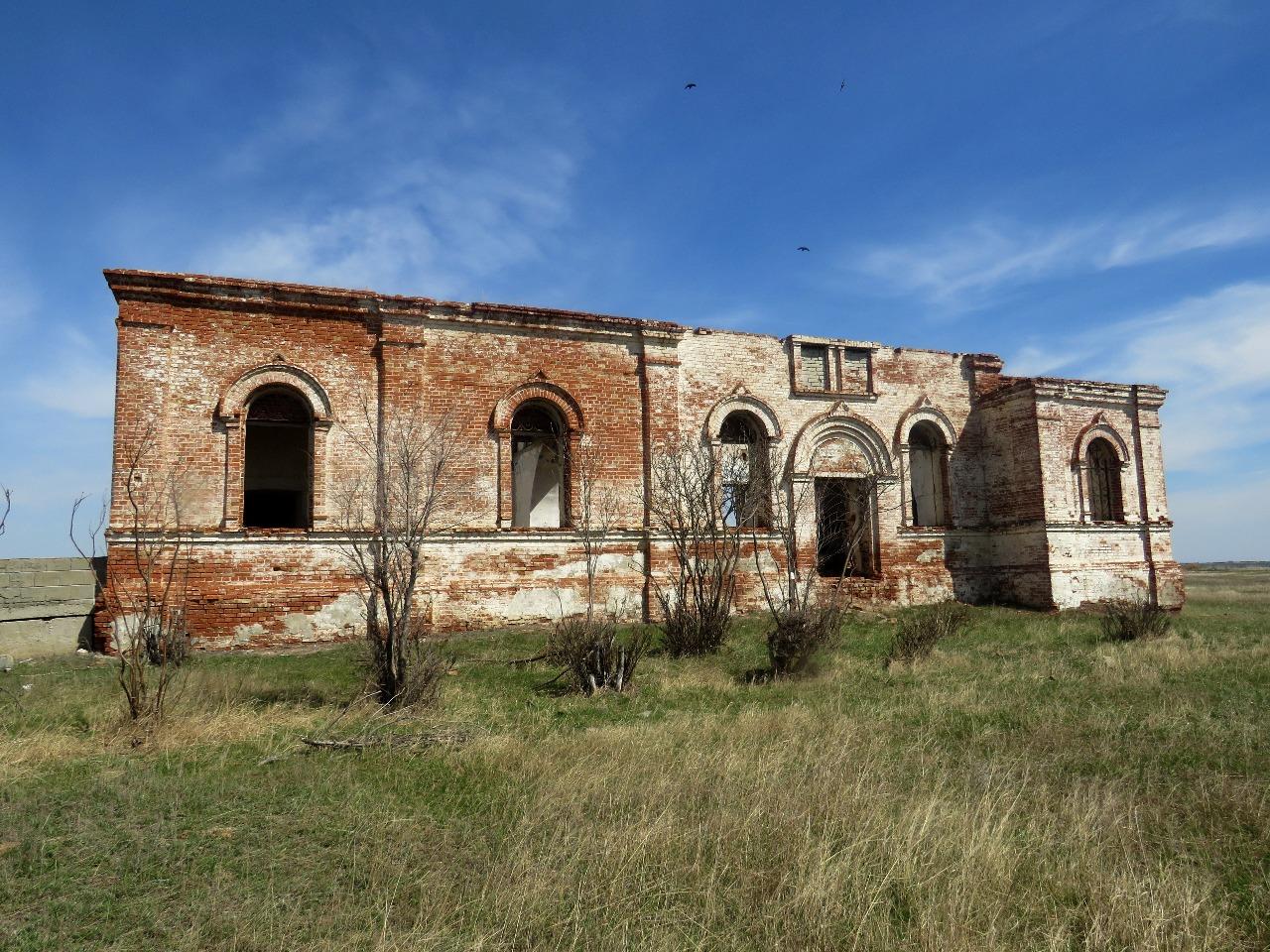 Анновка: забытая церковь в казахстанской степи