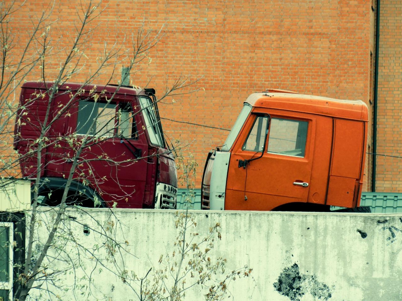 Петропавловск: советские автомобили умирают, но не сдаются