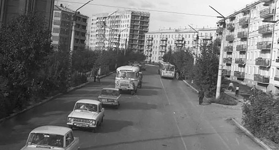 Ретро-Петропавловск: улица Мира, Вечный огонь и магазин «Ткани»