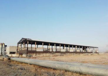 На севере Казахстана восстанавливают заброшенные здания советских заводов