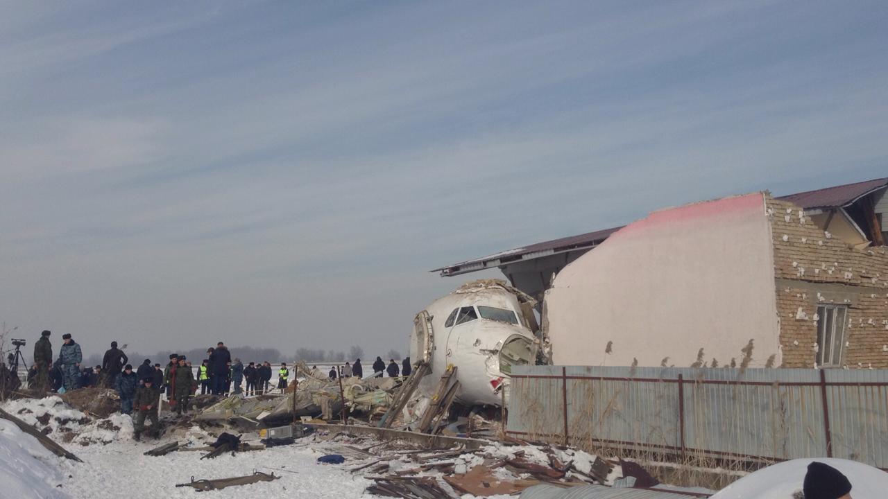 Опубликованы имена 12 погибших в Алматинской авиакатастрофе