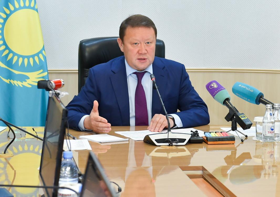 Кумар Аксакалов ответил на вопросы населения по карантину