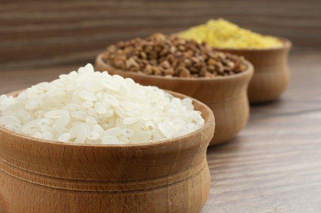 Казахстанцам будут выдавать продуктово-бытовые наборы в период ЧП