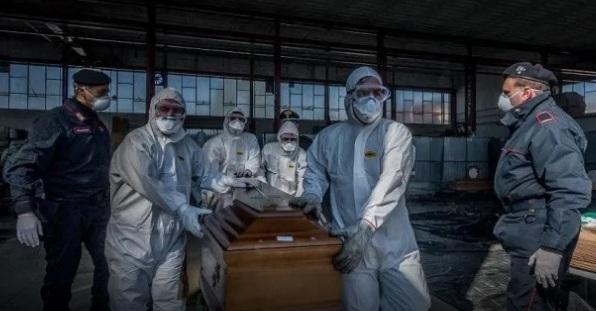 Правила захоронения погибших от коронавируса разрабатывают в Казахстане