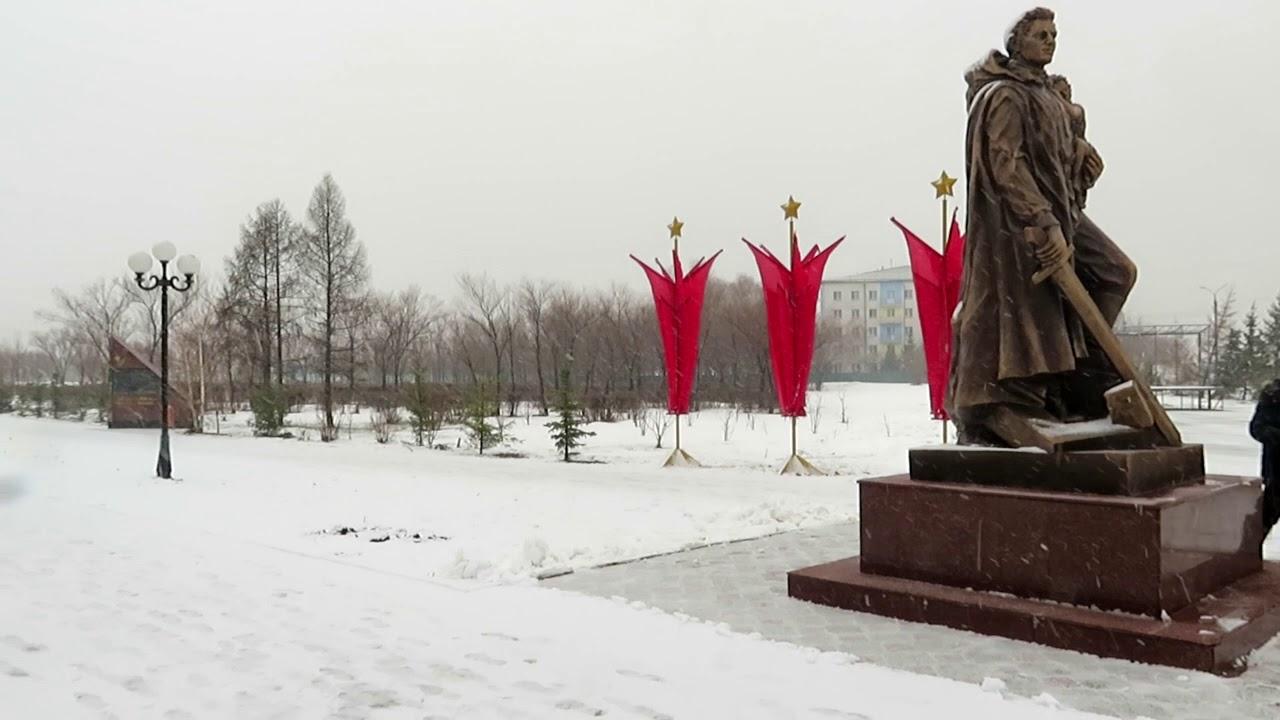 В Петропавловске рушится берег реки Ишим