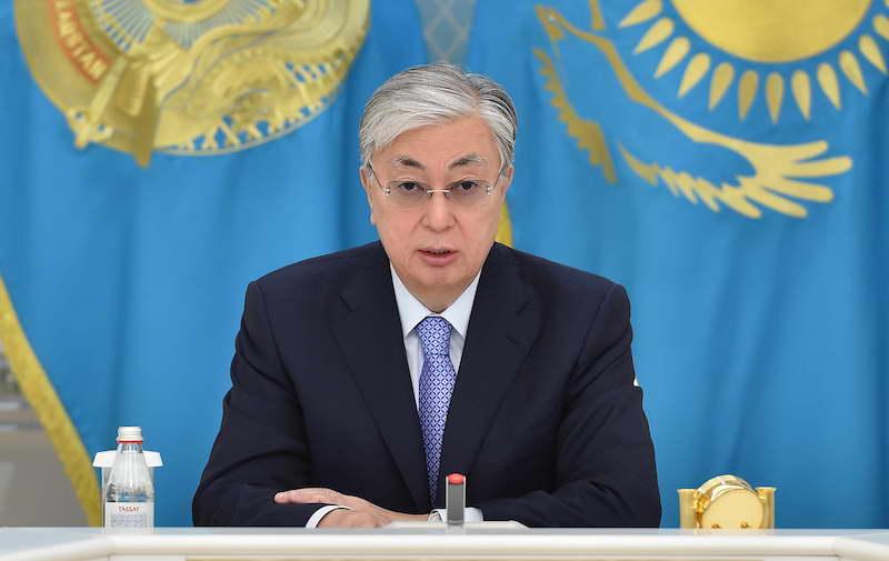 Президент Казахстана ужесточил меры изоляции