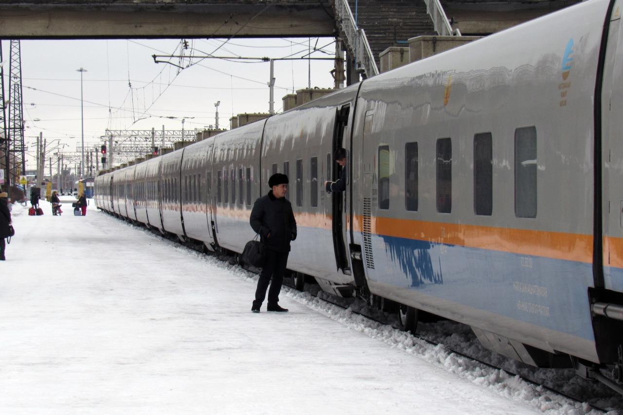 Скоростной поезд из Петропавловска в Алматы отменят