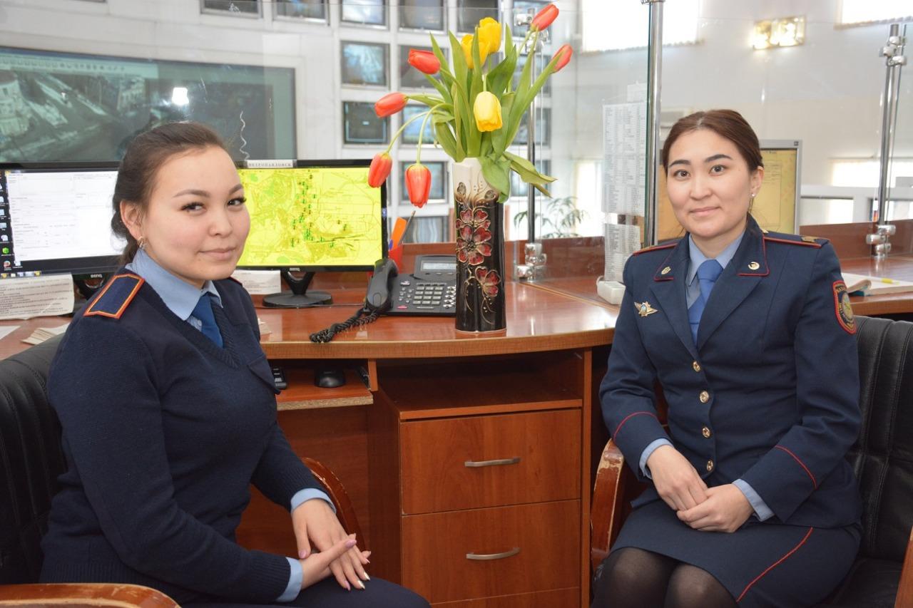 Девушки-полицейские на севере Казахстана отдохнут 8 марта