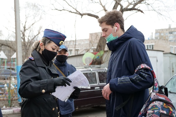 Полицейские усилили патрулирование во дворах Петропавловска