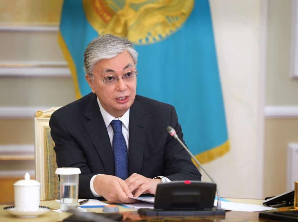 Токаев продлил режим ЧП в Казахстане до конца апреля