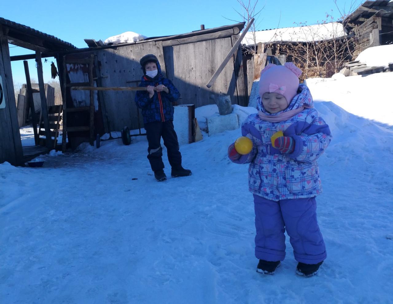 Карантин в деревне: прогулки не отменяются!