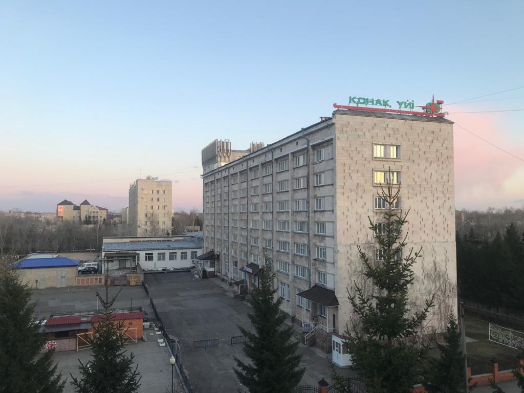 95 казахстанцев из Лондона разместили в гостинице Петропавловcка