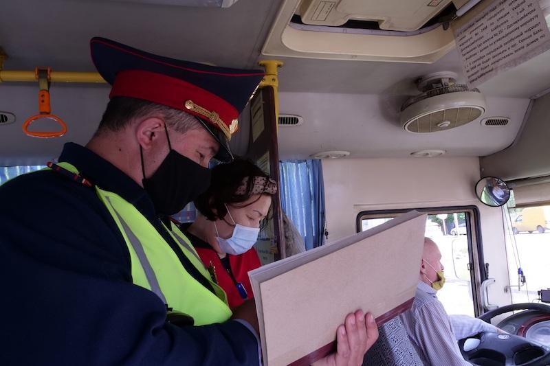 Полиция фиксирует десятки нарушений карантина в Петропавловске