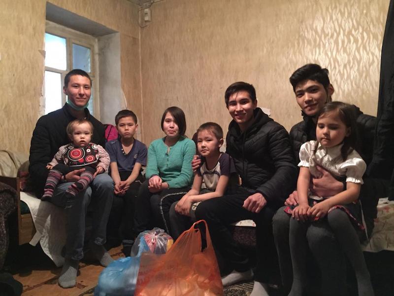 Столичные студенты открыли «Группу добрых дел» на севере Казахстана