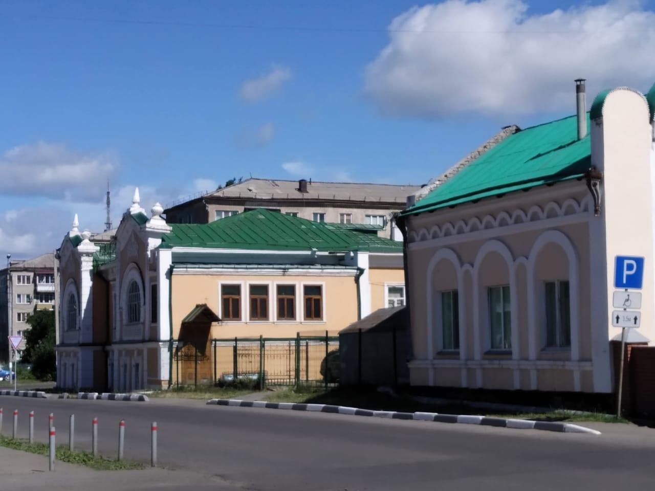 На севере Казахстана на 2 дня закроют супермаркеты
