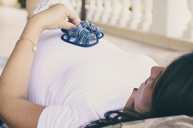 На севере Казахстана нашли COVID-19 у беременных женщин