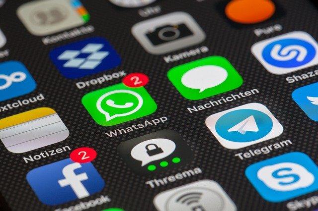 Казахстанцы могут сообщать информацию о повышении цен на лекарства через WhatsApp