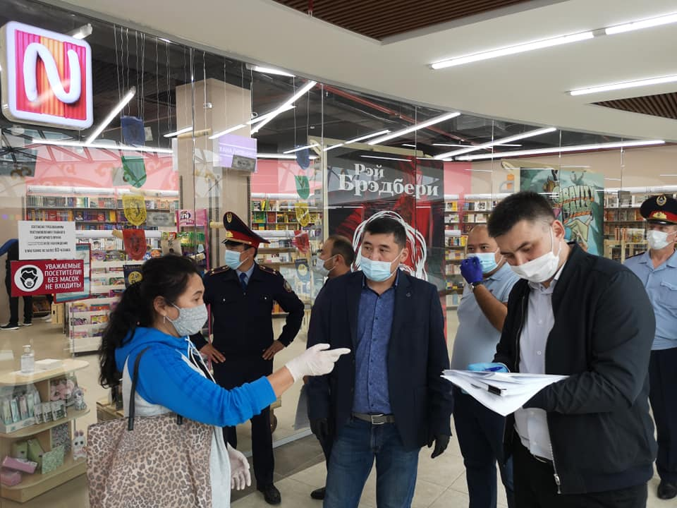На севере Казахстана более 2000 объектов предпринимательства возобновили деятельность