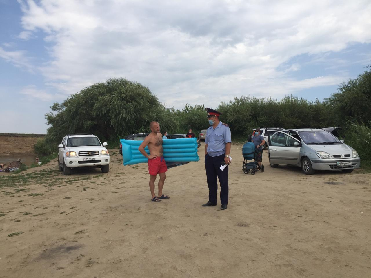 В предстоящие выходные полицейские проведут рейд по пляжам Кызылжарского района