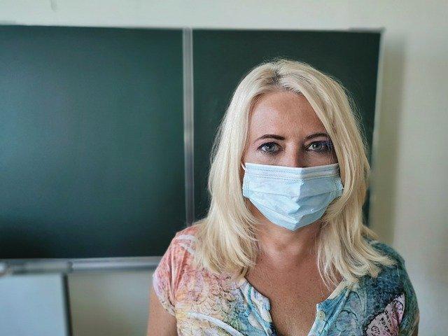 На севере Казахстана менталитет населения мешает борьбе с COVID -19 — санврач