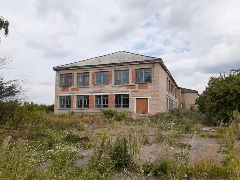 На севере Казахстана заброшенную школу можно купить за 1 тенге