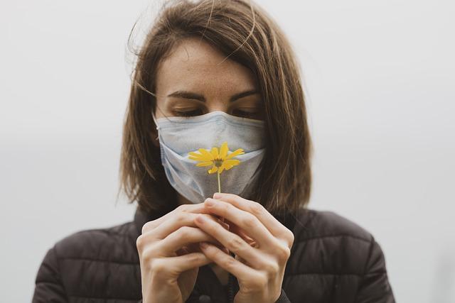 195 казахстанцев заболели пневмонией с признаками COVID-19