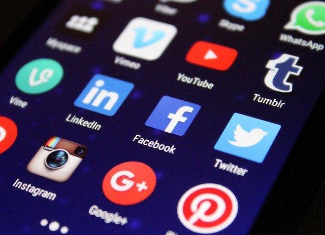Социальные сети против дезинформации по COVID-19