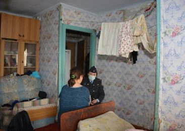 В Петропавловске мать двух сыновей могут лишить родительских прав из-за алкоголя