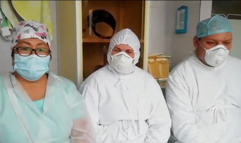 Медперсонал больницы на севере Казахстана требует вернуть главврача
