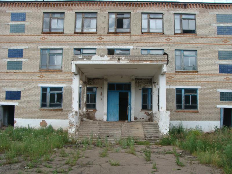 Школы на прилавке: новая приватизация на севере Казахстана
