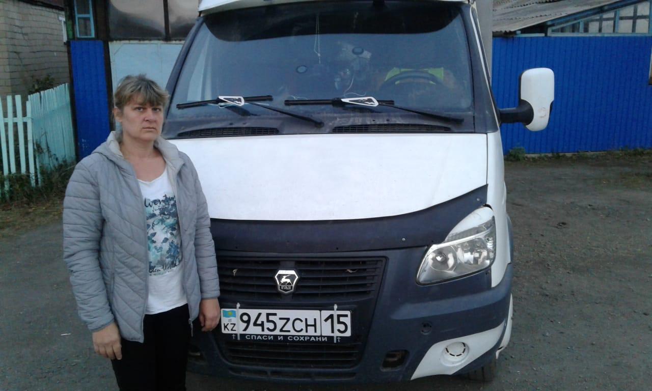 На севере Казахстана мать четверых детей занялась перевозками и бурением сважин
