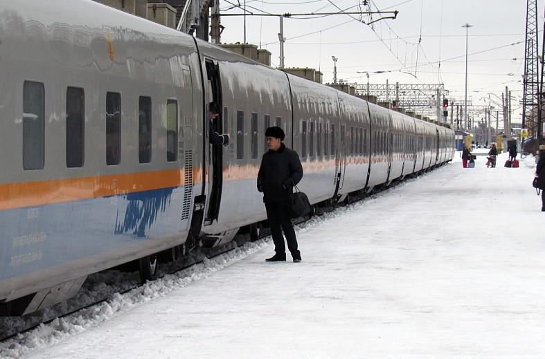 На севере Казахстана ПЦР-справка при посадке в поезд или самолет больше не нужна